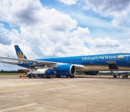 Vietnam Airlines' proposal to set floor airfares affects recovery of Vietnam tourism industry
