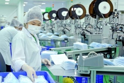 Vietnam exports nearly 1.4 billion medical face masks in Covid-19 year