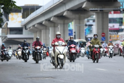Hanoi to ban motorcycles by 2030