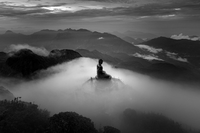 A Vietnamese photographer won photo Monochrome Awards