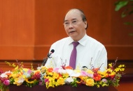 Vietnam PM urges more fiscal stimulus to boost economic recovery