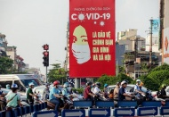 How Vietnam weathers global health crisis and rises?