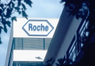 Vietnam expects Roche intensified cooperation in Covid-19 fight