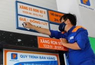 Petrol prices rise by over VND600 per liter
