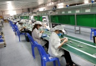 Covid-19 outbreak leads to sharp fall in Vietnam manufacturing output