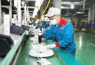 WB downgrades Vietnam's economic growth forecast due to Covid-19 outbreak