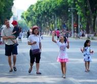 Expended pedestrian street space around Hoan Kiem Lake opened