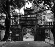 The old man guarding Hanoi's last ancient gate for 20 years