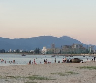 Swimming at public beaches in Danang banned amid rising Covid-19 transmissions