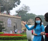 Vietnamese tourist guides find it hard to benefit from Government relief package