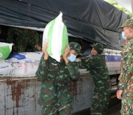 Vietnam to send 130,000 tons of rice to pandemic-hit localities