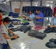 Hanoi businesses prepare for reopening post social-distancing period