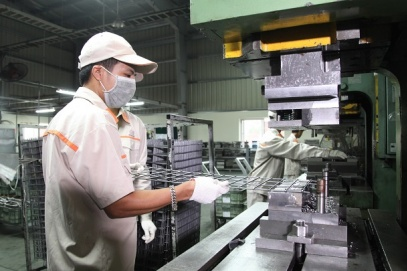 Solutions for Vietnam to claim spot among world's top economic prospects