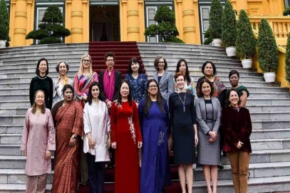 Female foreign diplomats expected to promote Vietnam's integration
